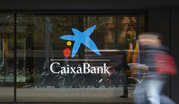 CaixaBank takes care of its senior customers