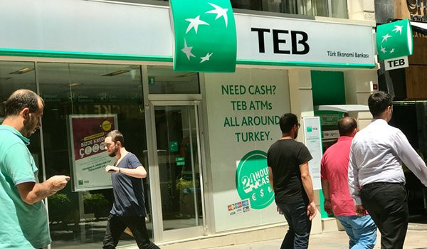 CEPTETEB pure digital banking was not designed as a traditional bank