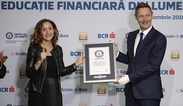 Romania sets record for world's largest financial education class thanks to Erste Group's BCR