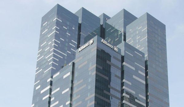 Standard Chartered Bank and Allianz announce 15-year General Insurance Partnership in Asia